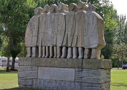 Los más de 7 millones de españoles emigrados a América y Europa en 125 años merecen un recuerdo